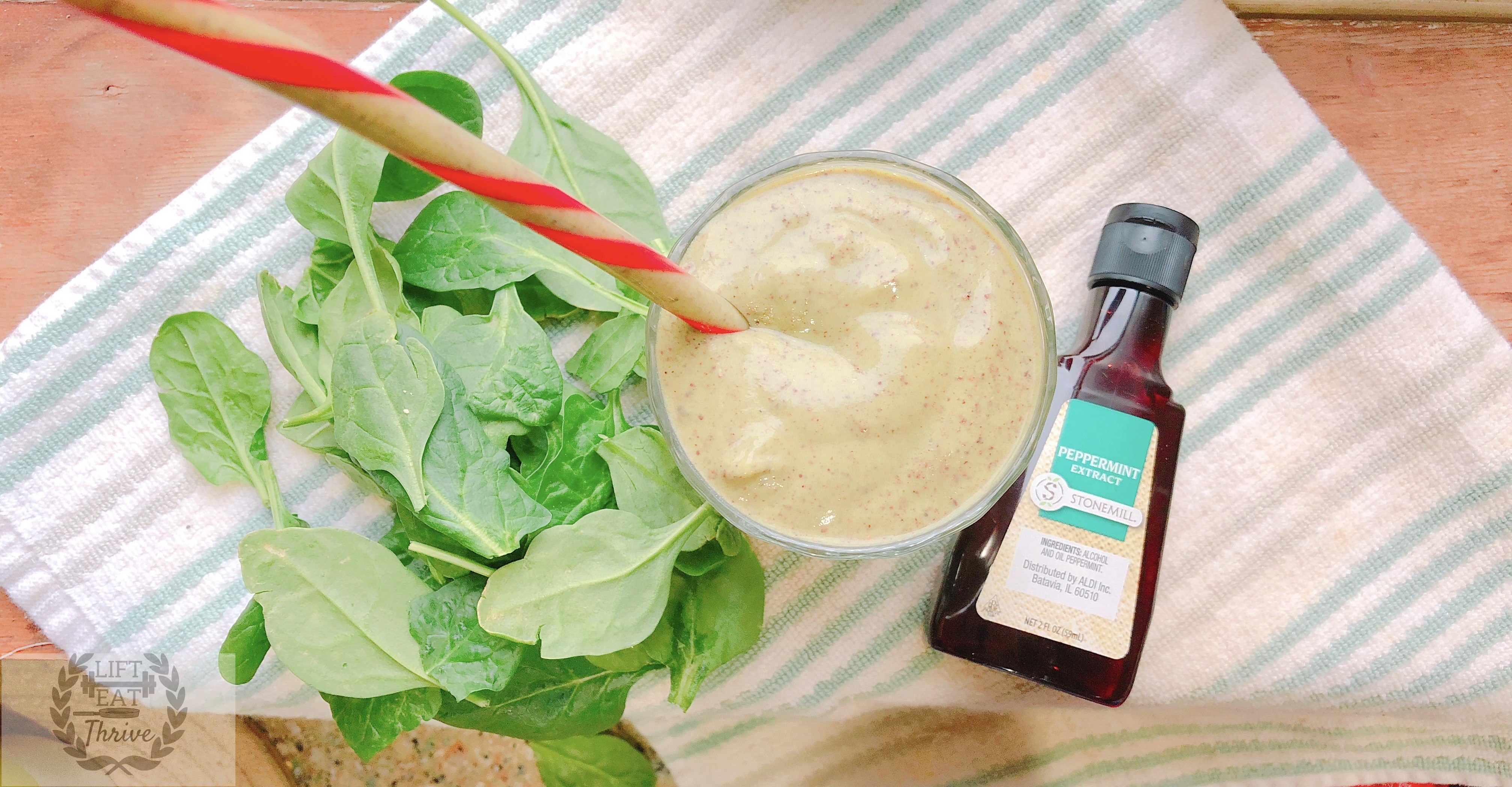 Peppermint Cacao Creamy Spinach Shake