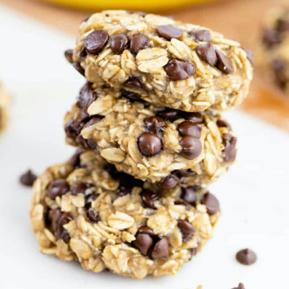 Banana Oatmeal Breakfast Cookies & No-Bake Protein Balls!