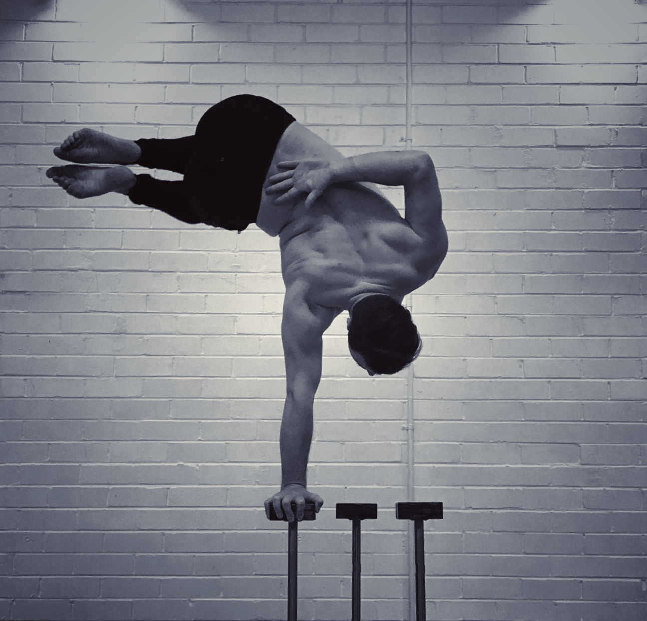 "The ""trick"" to Handstands"